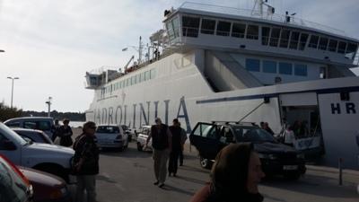 ferry_supetar